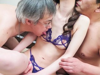 Misaki Yoshimura has much cum pouring from cunt..