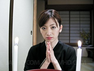 Kanon Hanai Asian in traditional dress gets..