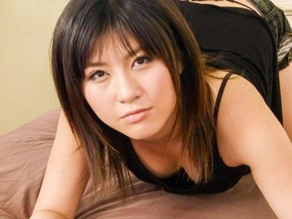 Kyoka Mizusawa Asian exposes beaver and gets..